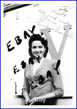 Linda Darnell Handwritten Letters signed autographed plus original photos 11x14